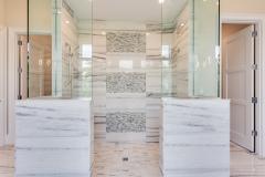 Master Bath    G2-4374-S Astoria II House Plan