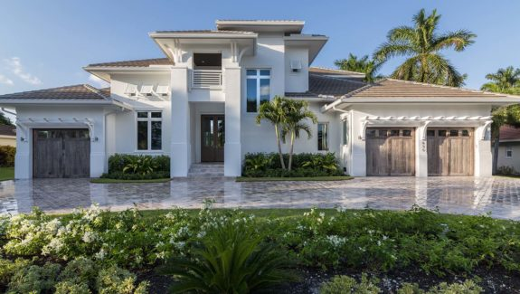 Coastal style house plan designed by South Florida Design | G2-4346-S/St. Cloud